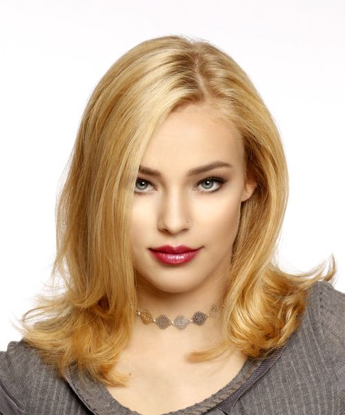 Medium Straight Casual Bob Hairstyle - Medium Blonde (Strawberry) Hair Color