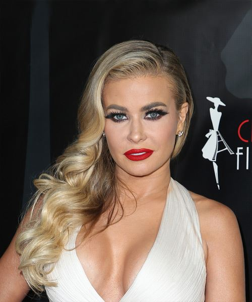 Carmen Electra Long Wavy Vintage Hairstyle