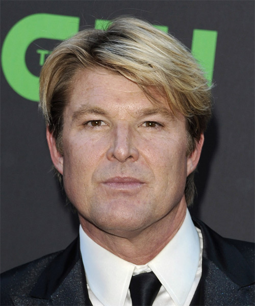 Winsor Harmon Short Straight Hairstyle