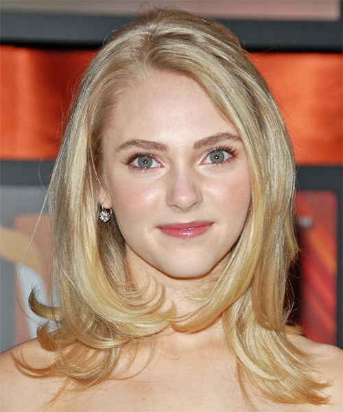 AnnaSophia Robb Long Straight Formal Hairstyle