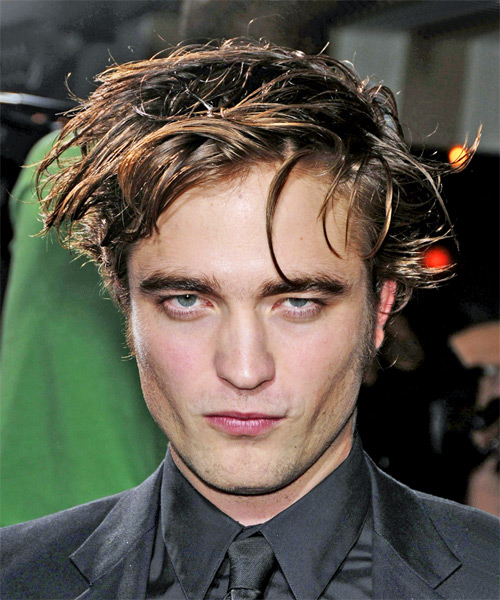 Robert Pattinson Short Straight Hairstyle