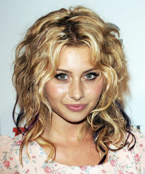 Alyson Michalka Long Wavy Casual Hairstyle