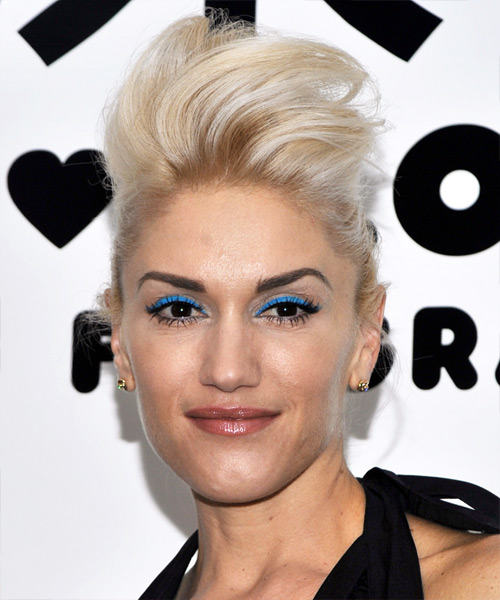 Gwen Stefani Long Straight Alternative Hairstyle - Light Blonde (Champagne) Hair Color