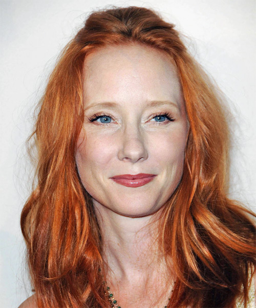 Anne Heche Long Wavy Casual Hairstyle