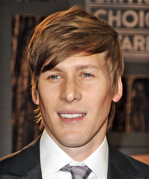 Tom Hooper Short Straight Casual Hairstyle