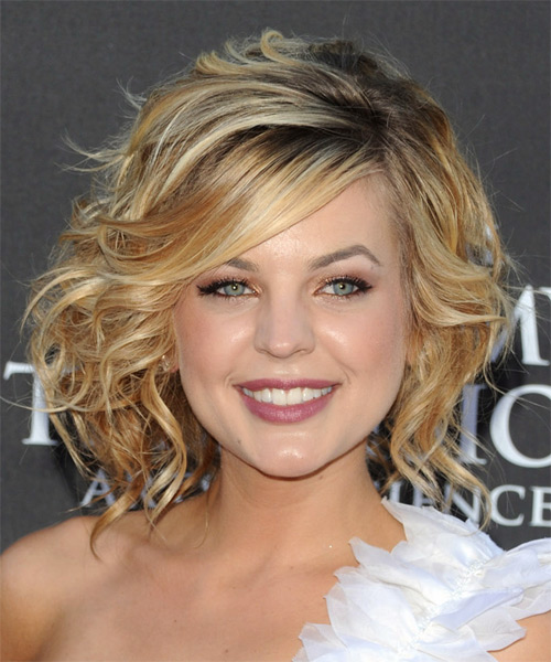 Kirsten Storms - Formal Medium Wavy Hairstyle