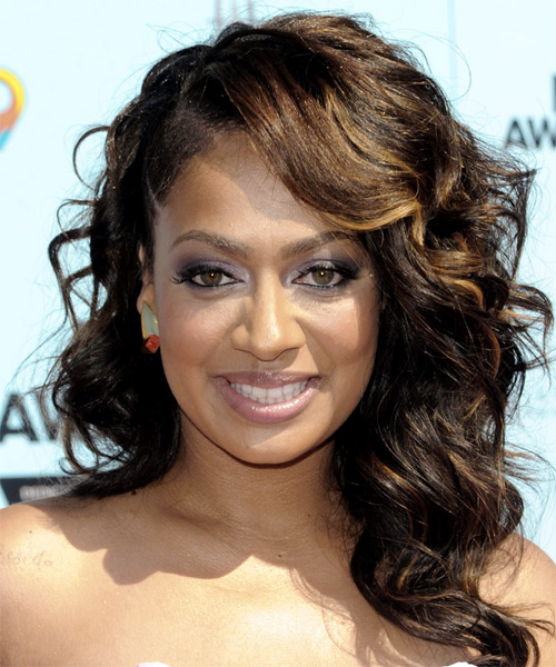 La La Anthony Long Wavy Hairstyle