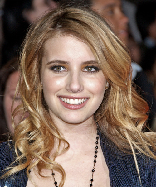 Emma Roberts Long Wavy Casual Hairstyle