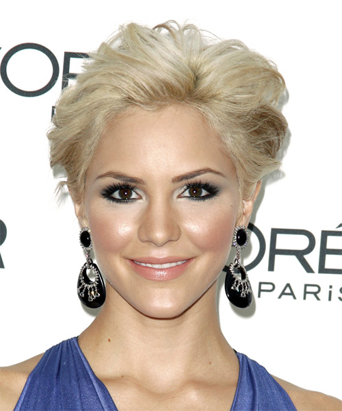 Katharine McPhee Short Straight Hairstyle - Light Blonde