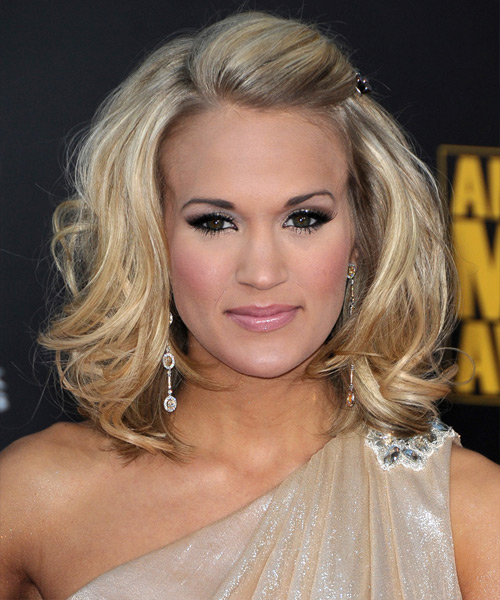 Carrie Underwood Medium Wavy Hairstyle - Light Blonde