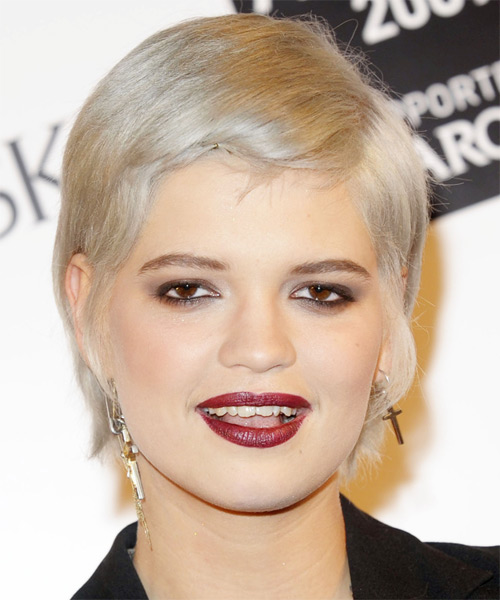 Pixie Geldof - Casual Short Straight Hairstyle