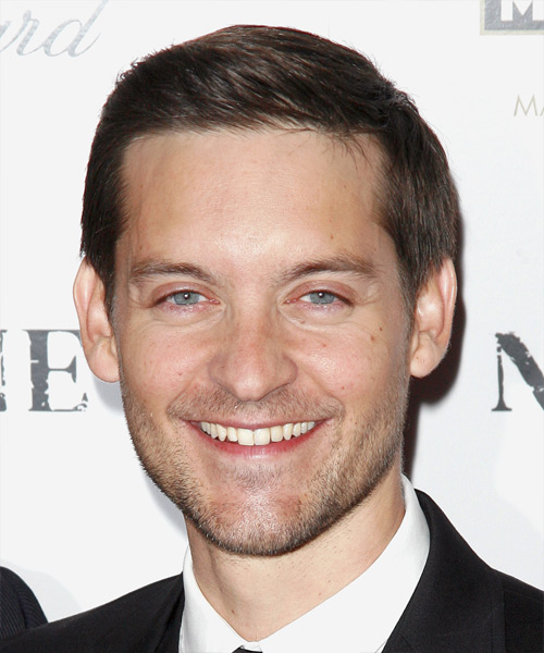 Tobey Maguire Short Straight Hairstyle