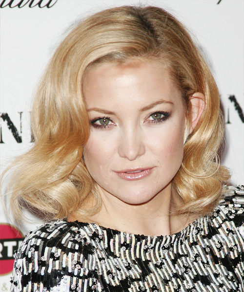 Kate Hudson - Formal Medium Wavy Hairstyle