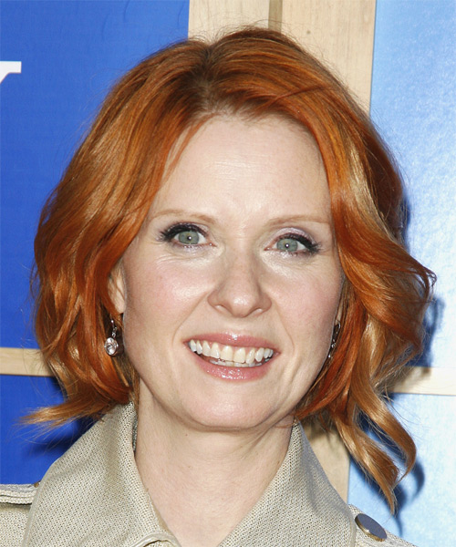 Cynthia Nixon Medium Wavy Casual Hairstyle