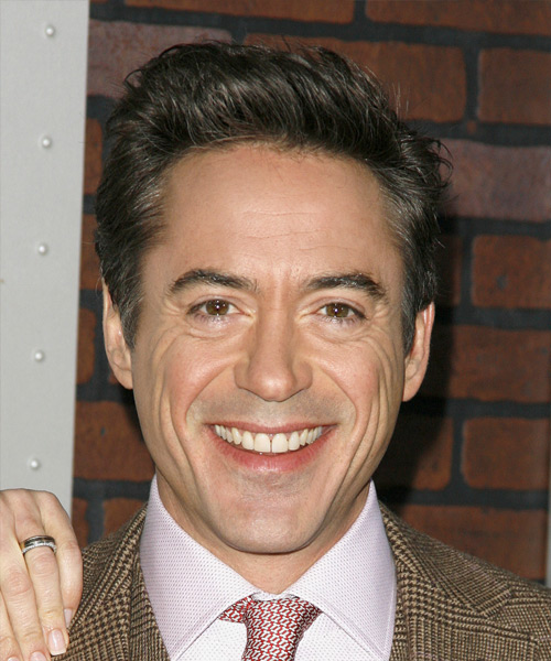 Robert Downer Jr. Short Straight Hairstyle
