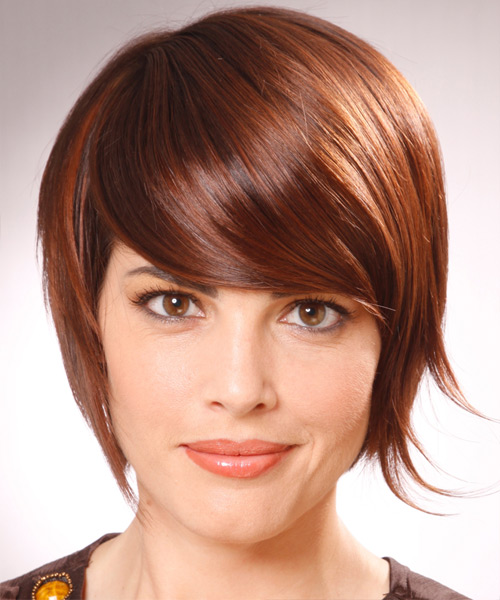Short brown hairstyle with bangs