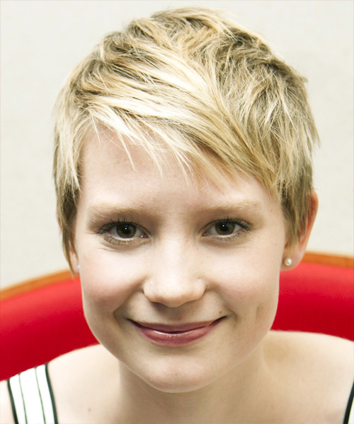 Mia Wasikowska - Casual Short Straight Hairstyle