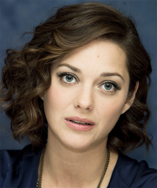 Marion Cotillard Medium Curly Hairstyle