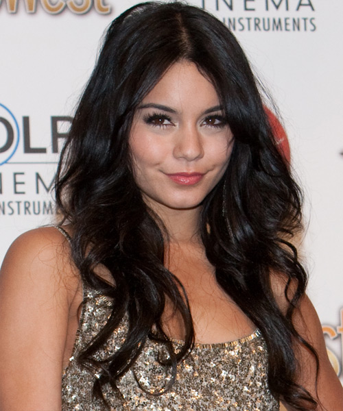 Vanessa Hudgens Long Wavy Hairstyle