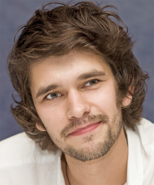 Ben Whishaw Medium Wavy Casual