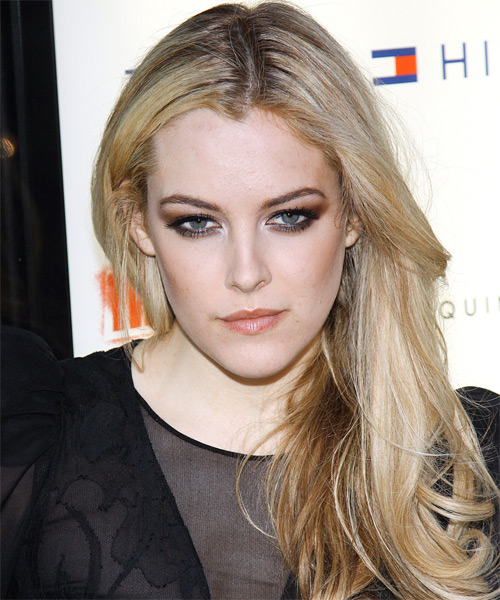 Riley Keough Long Straight Casual Hairstyle