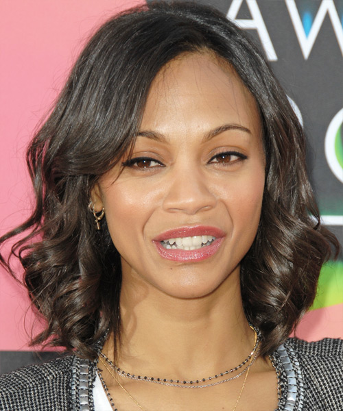 Zoe Saldana Medium Wavy Casual Hairstyle