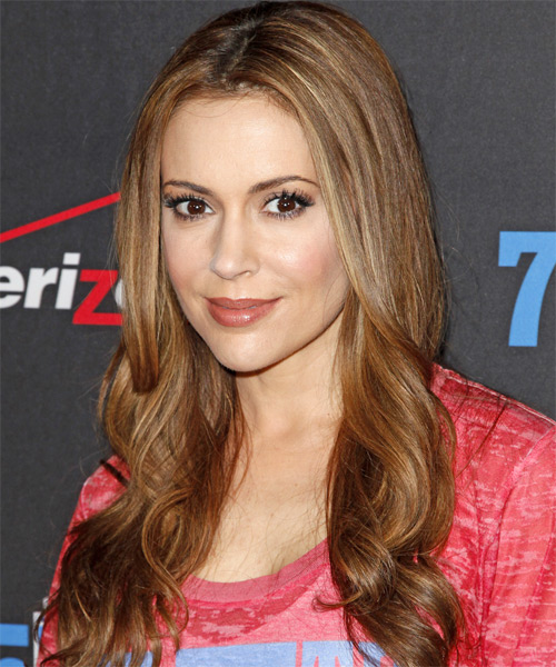 Alyssa Milano Long Wavy Casual Hairstyle