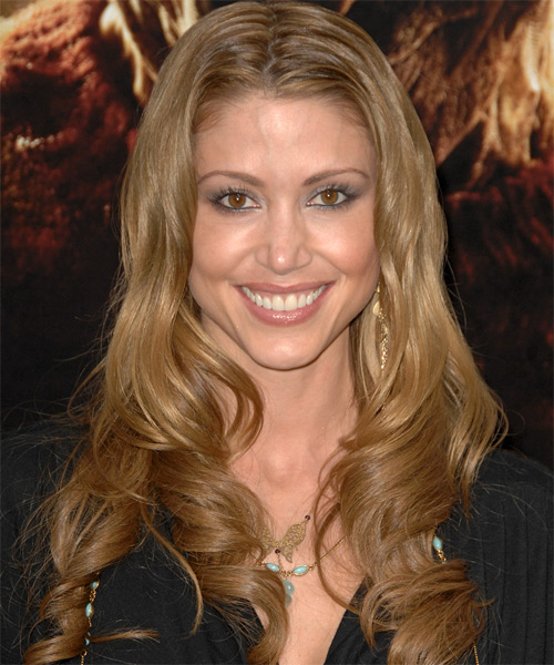 Shannon Elizabeth - Formal Long Wavy Hairstyle