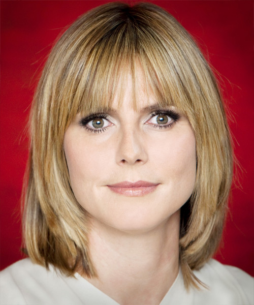 Heidi Klum Medium Straight Casual Bob Hairstyle with Blunt Cut Bangs - Medium Blonde Hair Color