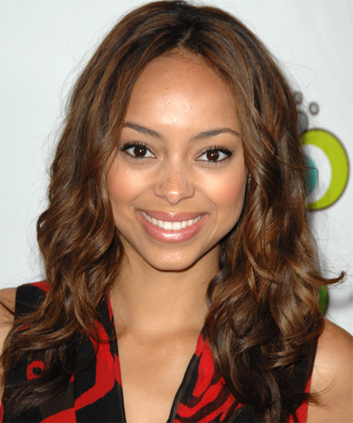 Amber Stevens Long Wavy Casual
