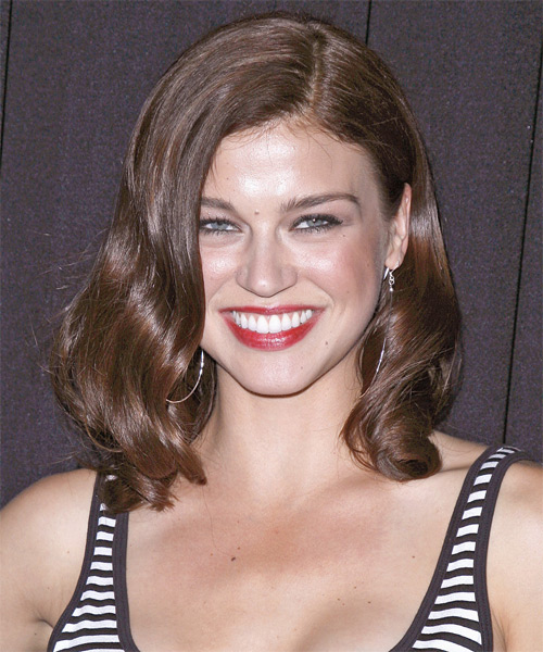 Adrianne Palicki Medium Wavy Hairstyle