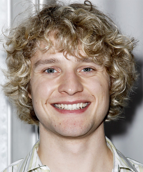 Charlie White Curly Casual