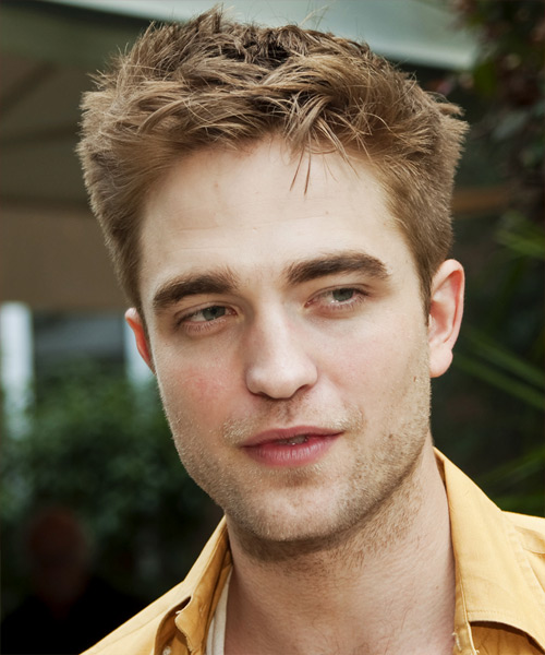 Robert Pattinson Short Straight Hairstyle - Light Brunette (Caramel)
