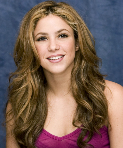 Shakira - Casual Long Wavy Hairstyle