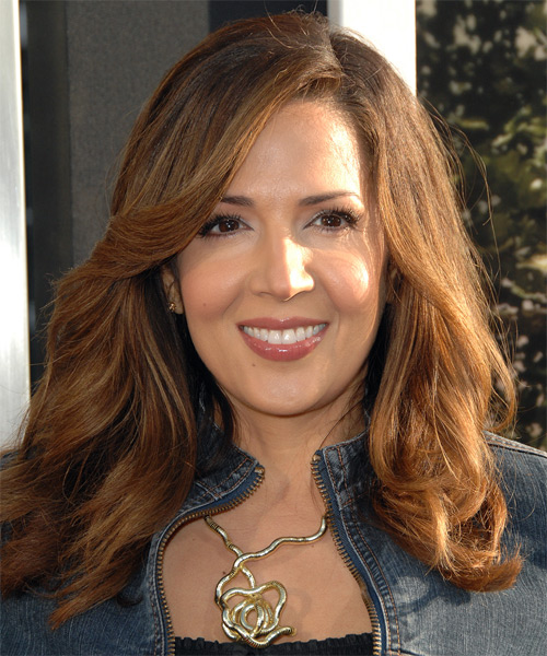 Maria Canals Berrera - Casual Long Wavy Hairstyle