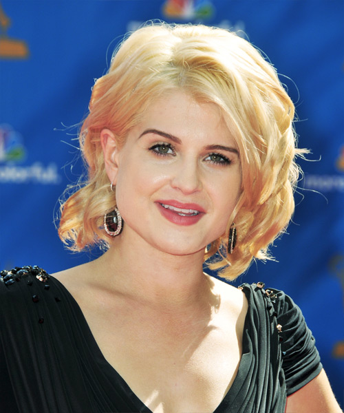 Kelly Osbourne Medium Wavy Formal Hairstyle