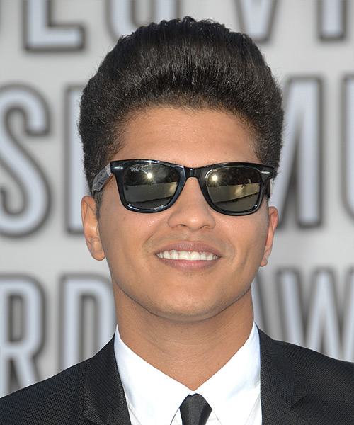 Bruno Mars - Formal Short Straight Hairstyle