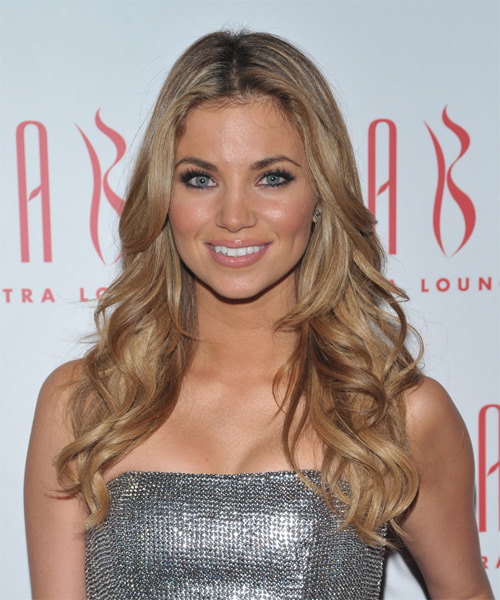 Amber Lancaster Long Wavy Hairstyle - Medium Blonde