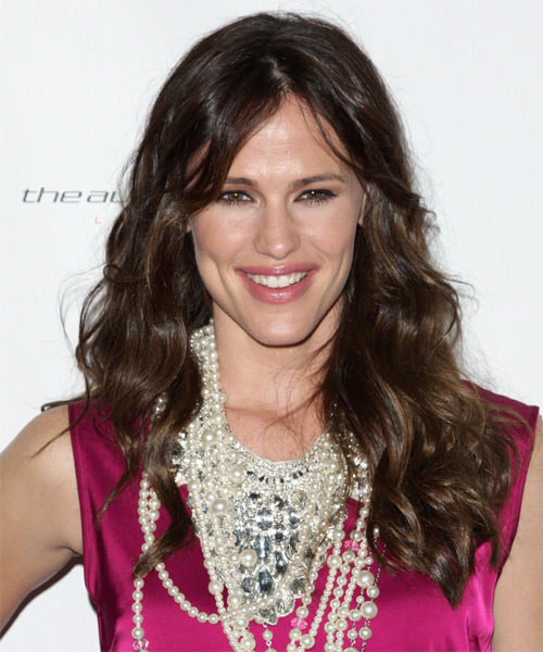 Jennifer Garner Long Wavy Casual Hairstyle