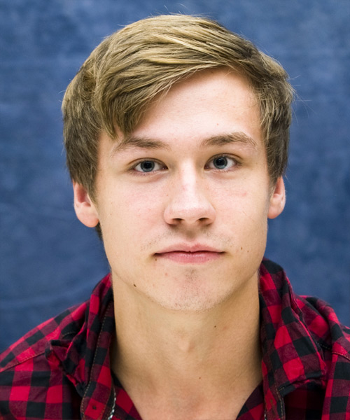 David Kross - Casual Short Straight Hairstyle