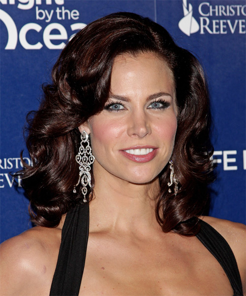 Brooke Burns Medium Wavy Hairstyle