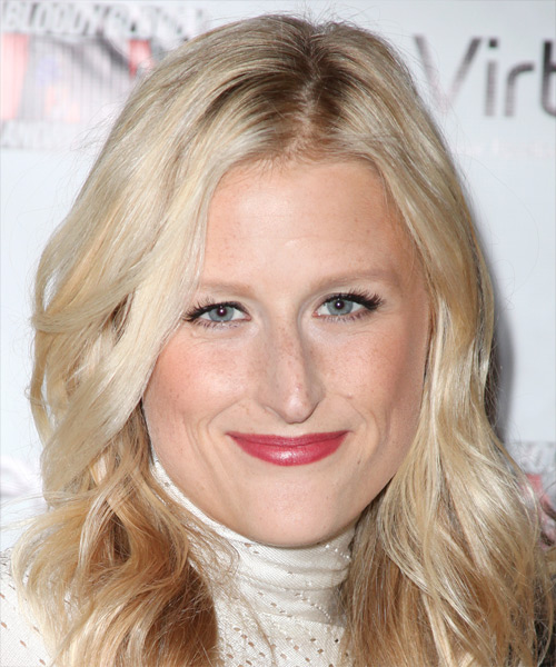 Mamie Gummer Long Wavy Hairstyle