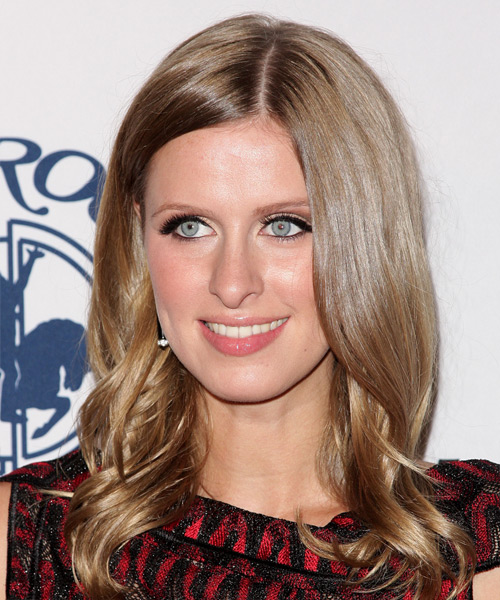 Nicky Hilton Medium Wavy Hairstyle - Light Brunette (Caramel)