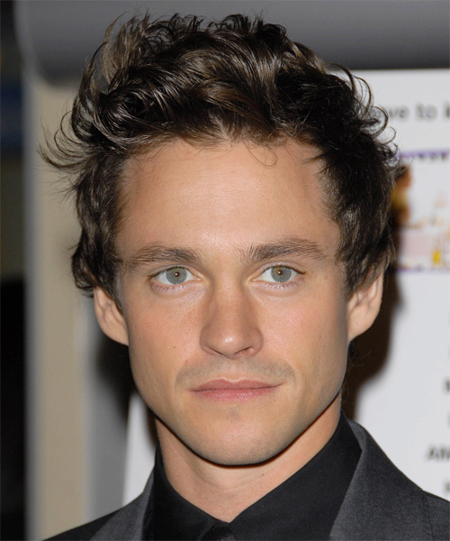 Hugh Dancy Short Wavy Formal Hairstyle