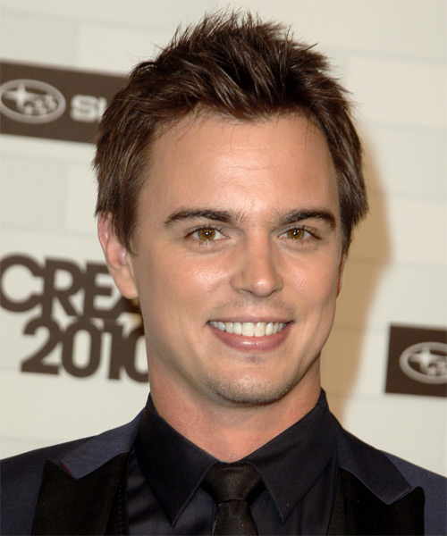 Darin Brooks Short Straight Casual Hairstyle