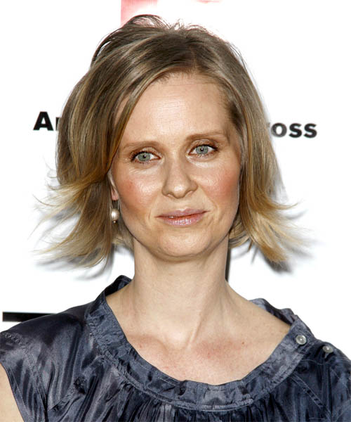 Cynthia Nixon - Casual Medium Straight Hairstyle