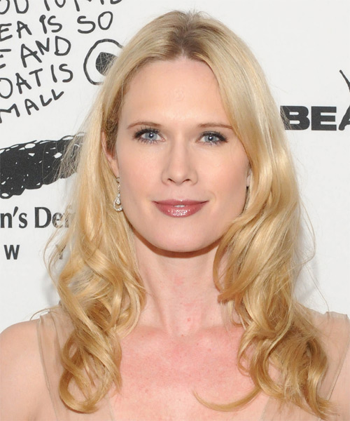 Stephanie March Long Wavy Casual