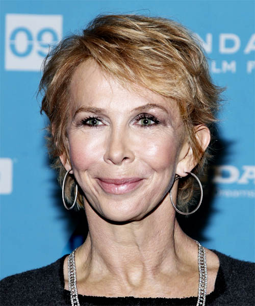 Trudie Styler - Casual Short Straight Hairstyle