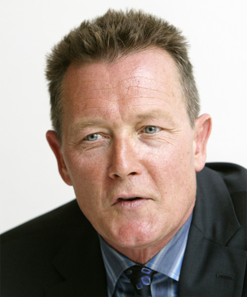 Robert Patrick - Casual Short Straight Hairstyle