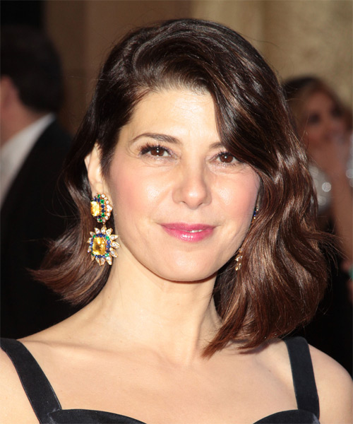 Marisa Tomei Medium Wavy Hairstyle